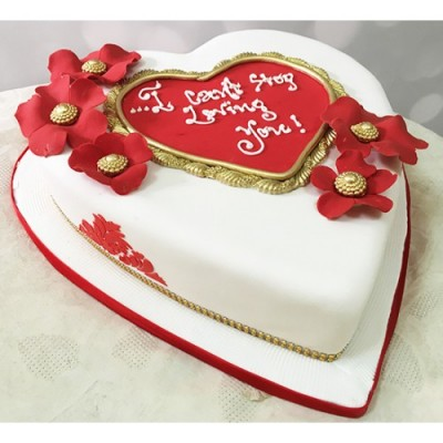 Send mouthwatering cakes to Jaipur and Agra from Myfloralkart